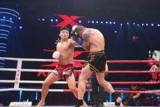 视频-两个重拳KO型拳手相遇,鹿死谁手?