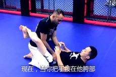 视频-BreakDown ▏昆仑决柔术教练教你如何地面过盖