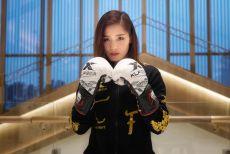 """擂台上""""踹脸狂魔"""",台下爱看悬疑小说,她是中国最有气势女拳手!"""
