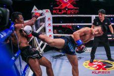 杨茁火力全开战胜泰国黑狮 赢得66KG世界冠军