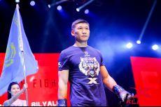 横扫中国拳坛的中亚魔王,遭到中国运动员组团报仇