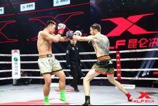 刚刚,播求的东欧弟子力克中国泰拳冠军,直奔昆仑决冠军宝座