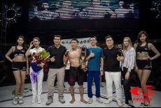 """中国MMA""""活化石""""!37岁姚红刚战胜居马别克,结束十年恩怨"""