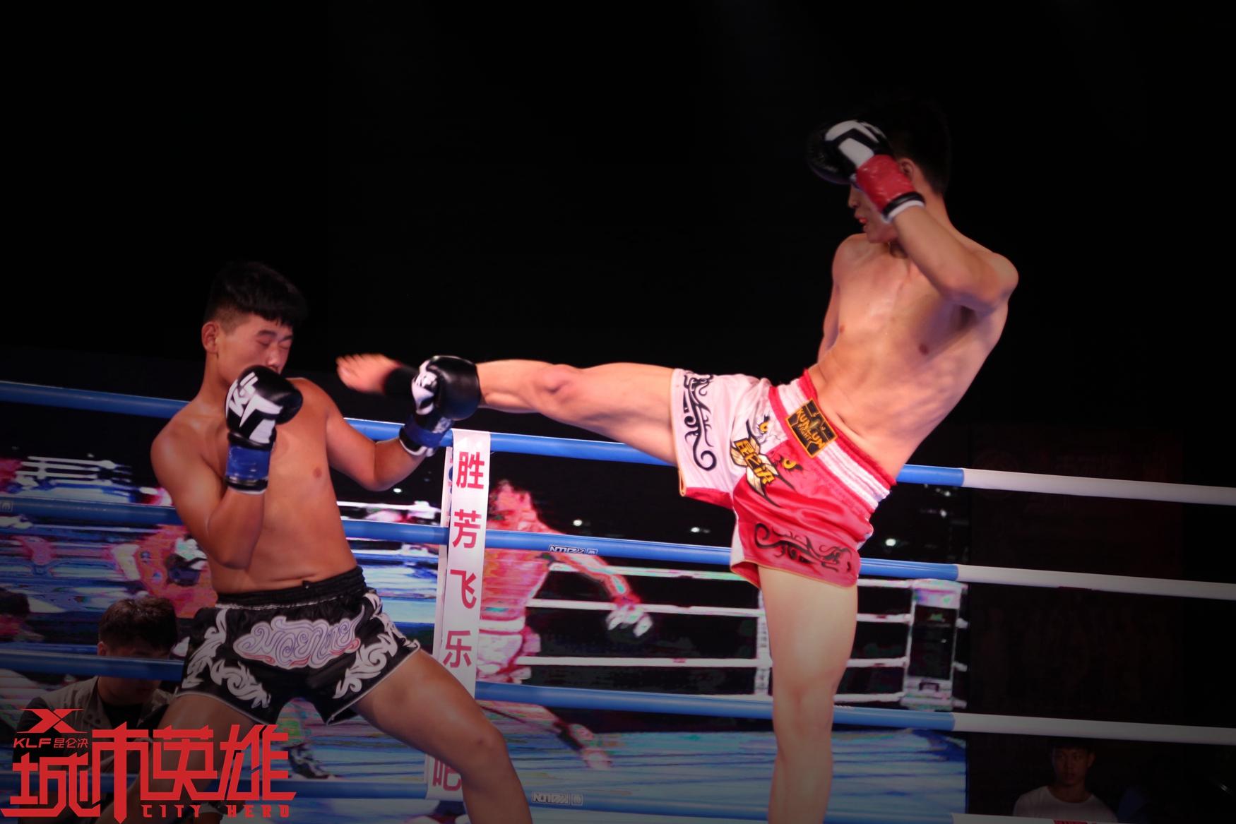 拳手精湛的腿法运用